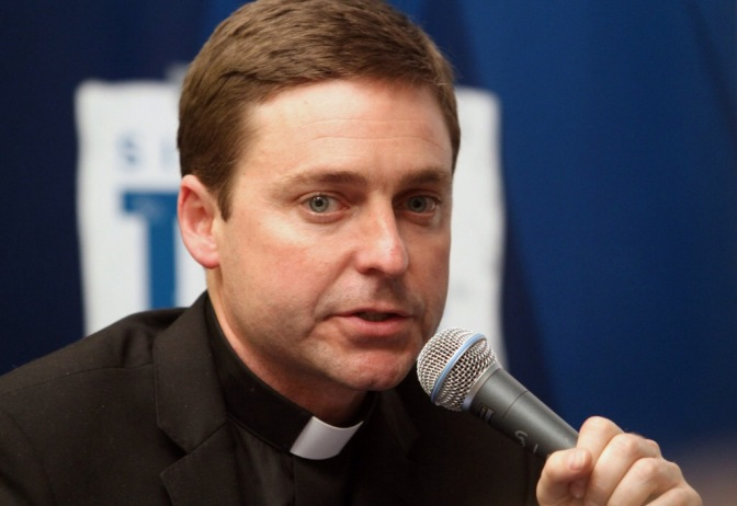 Father Jonathan Morris leaves helm of Sirius XM's Catholic Channel